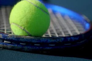 how-to-play-tennis-in-cold-weather